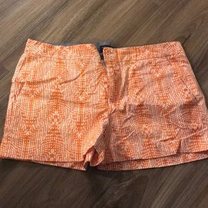 Banana Republic Hampton Fit Orange and White Short